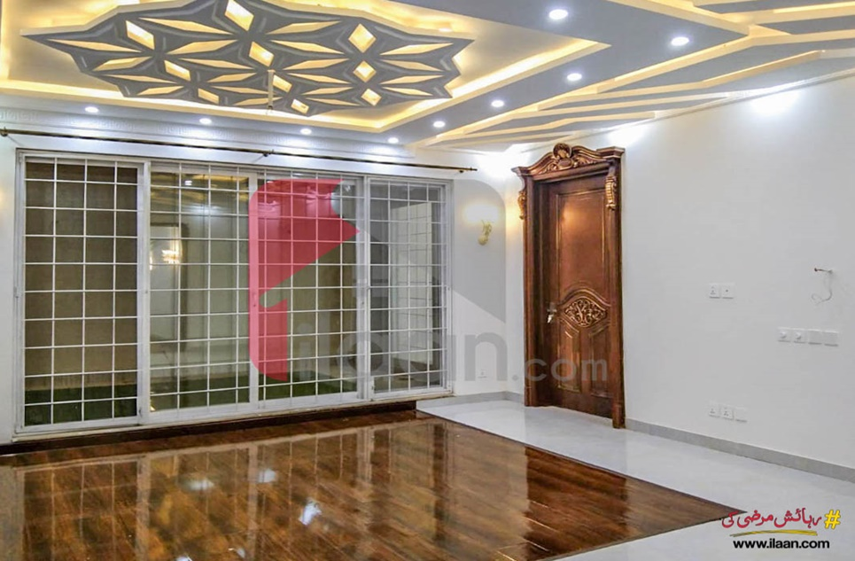 1 Kanal House for Sale in Block Y, Phase 7, DHA Lahore