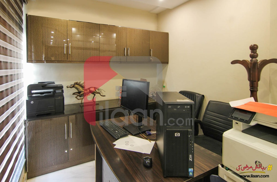 1000 Sq.ft Office for Sale in Block BB, Sector D, Bahria Town, Lahore