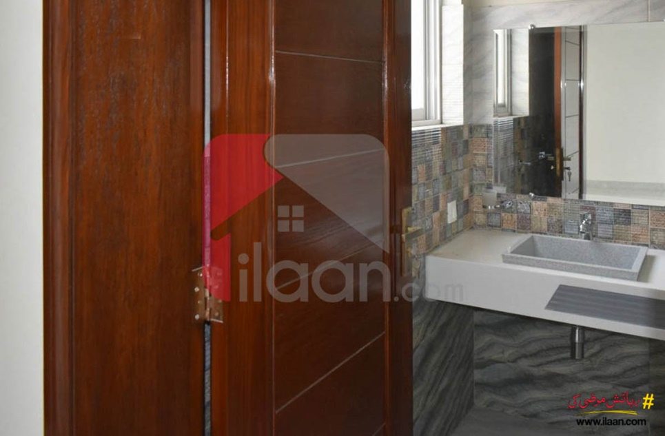 10 Marla House for Sale in Phase 8 - Air Avenue, DHA Lahore